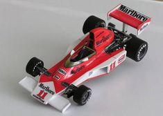F1 Paper Model - 1976 GP USA Long Beach McLaren M23 Paper Car Free Template Download