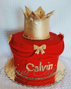 Good and red Prince  baby shower cake. Fondant crown.