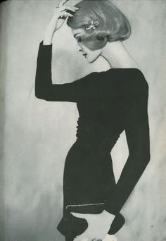 Capucine - 1953 Love the pose, love the angle! Women's vintage fashion photography 50s photo image