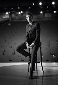 Week in Review: Giorgio Armani Made to Measure, Adam Driver for LUomo Vogue + More