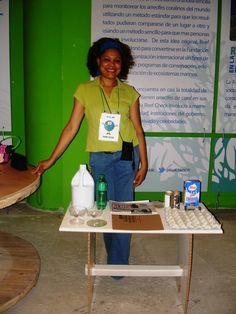 Taller de reciclaje auspiciado por La Nacional en Sambil Santo Domingo. 2014