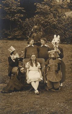 Alice in Wonderland BW cabinet photo 1910