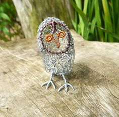 Little Owl - Wire sculpture, 8 cm tall