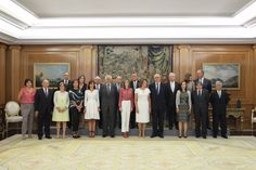 9 September: Queen with the Executive Council of the Spanish Association Against Cancer (AECC)
