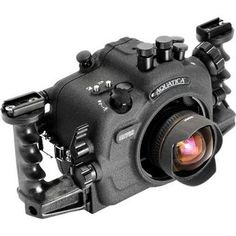 Aquatica: Underwater Housing f/ Nikon D700: This bad boy is rated down to 300' and give you full control of your camera.