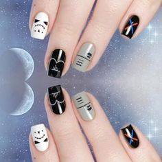 Star Wars appreciation. | 17 Pretty Incredible Nail Art Designs Inspired By Movies