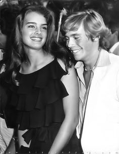"""Brooke Shields and Christopher Atkins at a """"Blue Lagoon"""" premiere screening, Teen Models, Role Models, Blue Lagoon Movie, Brooke Shields Young, Beautiful People, Beautiful Women, Calvin Klein, Pretty Baby, Pretty Girls"""
