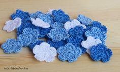 Guarda questo articolo nel mio negozio Etsy https://www.etsy.com/it/listing/551674467/10-piccoli-fiori-crochet-uncinetto-fatto