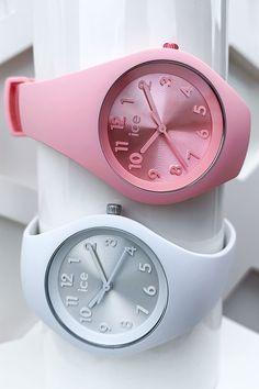 Ice Watch, Hair Dryer, Beauty, Classic Elegance, Vibrant Colors, Dryer, Beauty Illustration