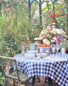 Garden lunch in the conservatory -- it's all about the blue & white checked tablecloth