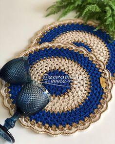 Crochet Mat, Crochet Carpet, Crochet Dollies, Crochet Diagram, Crochet Squares, Crochet Home, Cute Crochet, Crochet Placemat Patterns, Crochet Flower Patterns