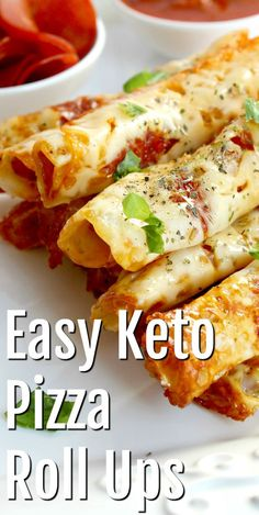 Satisfy your pizza cravings without the carbs with this Easy Keto Pizza Roll Ups recipe! These keto snacks are low carb, sugar and gluten free! dinner recipes low carb diets Keto Pizza Roll Ups Ketogenic Recipes, Diet Recipes, Cooking Recipes, Pizza Recipes, Dessert Recipes, Breakfast Recipes, Breakfast Ideas, Easy Recipes, Pizza Snacks