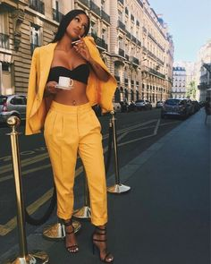 The website to view fashionable & stylish black girls Share a look with a friend! Mode Outfits, Trendy Outfits, Fashion Outfits, Womens Fashion, Fashion Trends, Fashion Killa, Look Fashion, Fashion Black, 90s Fashion