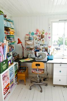 My craft corner is already halfway to looking like this. :)