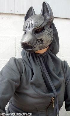 Silver Last Kitsune by *missmonster on deviantART Kitsune Mask, Oni Mask, Skull Mask, Character Outfits, Character Art, Character Design, Larp, Japanese Mask, Cool Masks