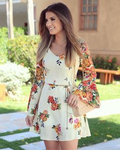 ผลการค้นหารูปภาพสำหรับ trend alert looks Casual Dresses, Short Dresses, Fashion Dresses, Summer Dresses, Pretty Dresses, Beautiful Dresses, Floral Fashion, Fashion Design, Mode Hijab