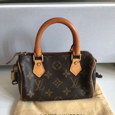 ced8c691e2ee Small Leather Goods, Small Bags, Louis Vuitton Speedy Bag, Small Tote Bags,  Mini Bag