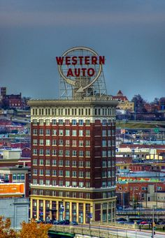 Western Auto Building, Kansas City I once worked a brief time in this building. I'd love to see one. Kansas City Missouri, Missouri River, Kansas City Skyline, Kansas City Downtown, Wisconsin, Michigan, City Pride, Statues, City Girl