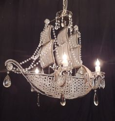 oświetlenie wnętrz Early Venetian Crystal, Iron and Tole Ship Chandelier image 10 The Secret L Antique Chandelier, Chandelier Pendant Lights, Crystal Ship, Crystal Beads, Cool Lighting, Lighting Design, Hanging Crystals, Lamp Light, Decoration