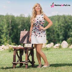 Set de rochii de ocazie mama-fiica Summer Dresses, Fashion, Moda, Summer Sundresses, Fashion Styles, Fashion Illustrations, Summer Clothing, Summertime Outfits, Summer Outfit