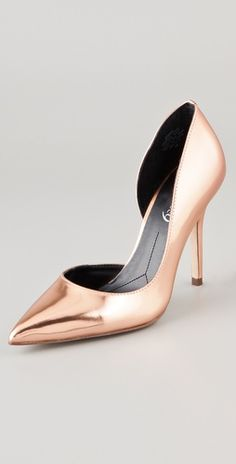 Rose Gold Metallic Pumps!