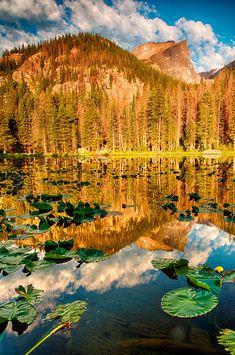 Sunrise at Nymph Lake - Colorado