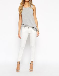 Noisy May Eve Low Waist Skinny Jeans (White)  RRP £32.00