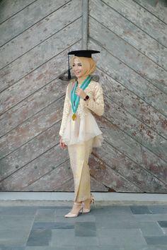 Graduation should be celebrated as the day of success, a long and challenging process. Kebaya Muslim, Kebaya Modern Hijab, Kebaya Hijab, Kebaya Brokat, Muslim Prom Dress, Hijab Prom Dress, Hijab Gown, Muslimah Wedding Dress, Kebaya Lace