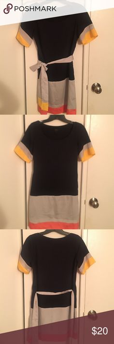 Aqua Colorblock Shift Dress Size XS Aqua Colorblock Shift Dress with pretty grey, yellow and pink stripes. Can we worn boxy or tied with belt for a more fitted look. Great condition, doesn't fit anymore. Aqua Dresses