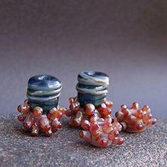 MruMru handmade lampwork beads earring pair set. by magdalenaruiz