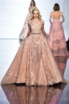 Photos du défilé Zuhair Murad Haute Couture printemps-été 2015 - L'Express Styles
