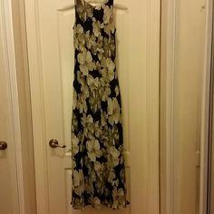 Long Dress Beautiful Long Dress. Perfect for the Summer. Size 7-8. Dresses