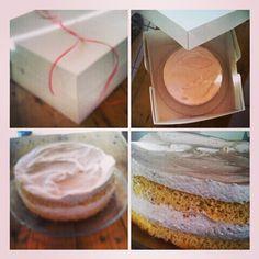 strawberry cream cake Strawberry Cream Cakes, Strawberries And Cream, Vanilla Cake, Homemade, Sweet, Desserts, Food, Candy, Tailgate Desserts