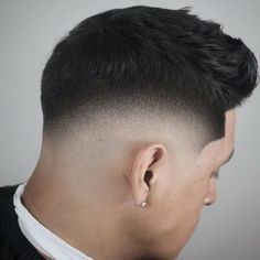 Stunning 45 Cozy Drop Fade Haircut Ideas That Make You More Cool Take a look at some cool Visit Our Site for more Cool Content for and Haircut Fails, Haircut Men, Hair Maintenance Tips, Short Hair Cuts, Short Hair Styles, Drop Fade Haircut, Faded Hair, Cool Mens Haircuts, Haircut Designs