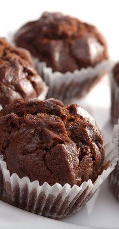 Weight Watchers Friendly 3 Ingredient Chocolate Cupcakes Recipe - 5 WW Smart Points