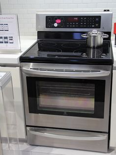 Like many of LG's new appliances, the manufacturer's latest ovens are equipped with Smart ThinQ for easy remote diagnostics and the ability to monitor your range remotely. They also come with LG's new Easy Cleaning and Self Cleaning features. Users can choose between help for manual cleaning (just spray water in and turn on the heat) or LG's fully automated process to get rid of grime.