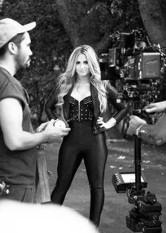 Demi Lovato: Leather Leggins, Leather Jacket