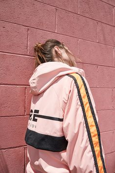 """Street & Sporty Styles Collide In P.E Nation's """"Sweat It Out"""" Collection Sports Luxe, Sports Brands, Sweat It Out, Mens Activewear, Sporty Style, Sport Wear, Fashion 2020, Streetwear Fashion, Active Wear"""