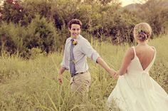 Farm Wedding and Wildflowers at Historic Cedarwood | #CedarwoodWeddings #WeddingIdeas #CountryWedding #WeddingPhotography