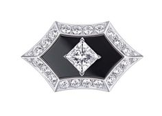 Louis Vuitton Acte V Genesis ring featuring black onyx and diamonds. (=)