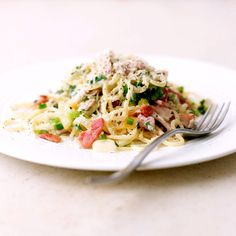 be: Weight Watchers recept - Spaghetti carbonara Spagetti Carbonara, Carbonara Recept, Weight Watchers Pasta, Weight Watchers Lunches, Low Calorie Recipes, Healthy Recipes, Weightwatchers Recipes, Risotto, Tasty Dishes