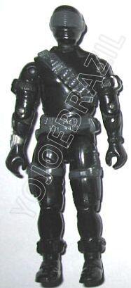 """Descrição:   O Cobra Comandante Negro (Lobisomem) foi lançado no Brasil em 1989 (Série 6) pela companhia de Brinquedos Estrela, a figura corresponde ao modelo swivel arm (com movimento nos cotovelos). Trata-se da versão nacional do Commando [Snake Eyes-V2] fabricado em 1985 pela Hasbro pela série G.I. JOE.  No Brasil o Commando [Snake Eyes-V2] foi lançado como Cobra Inimigo, uma surpresa para os fãs da série animada que viram o """"mocinho"""" virar bandido."""
