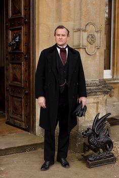 How to create your very own Downton at home