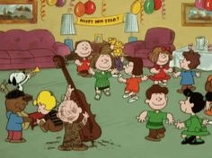 Discover & share this Happy New Year Charlie Brown GIF with everyone you know. GIPHY is how you search, share, discover, and create GIFs. Peanuts Christmas, Charlie Brown Christmas, Charlie Brown And Snoopy, Peanuts Cartoon, Peanuts Snoopy, Snoopy Videos, New Year Gif, Snoopy Quotes, Film D'animation