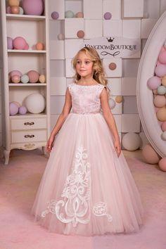 Erröten rosa Spitze Tüll Blumenmädchen Kleid von KingdomBoutiqueUA