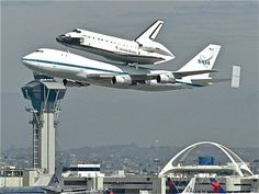 Nasa Space Shuttle Endeavour tour of California - LAX . Nasa Space Program, Space And Astronomy, Hubble Space, Space Rocket, Space Shuttle, Space Telescope, Nasa Astronauts, Air Space, Space Center