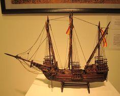 海洋辞典Ocean Dictionary, 一枚の特選フォト「海 & 船《Ocean and Ship Photos, ラティーン・カラヴェル船模型ship model of lateen caravel, carabela latino, スペインSpain