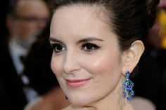 Top 10 #Celebrities with Deformities: Defects that have Hardly Altered their Celeb Status - Tina Fey's scar on face