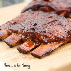is for Mommy: Slow Cooker Honey Garlic Ginger Ribs. Made these with organic meat. Best ribs ever! Fall off the bone. No processed sauce either. Slow Cooker Ribs, Slow Cooker Recipes, Crockpot Recipes, Cooking Recipes, Rib Recipes, Yummy Recipes, Chicken Recipes, Crockpot Dishes, Crock Pot Cooking