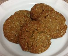 Recipe Chewy Anzac Biscuits by AliceErin, learn to make this recipe easily in your kitchen machine and discover other Thermomix recipes in Baking - sweet. Sweet Recipes, Dog Food Recipes, Cooking Recipes, Healthy Cooking, Healthy Snacks, Fructose Free Recipes, Bellini Recipe, Anzac Biscuits, No Bake Snacks
